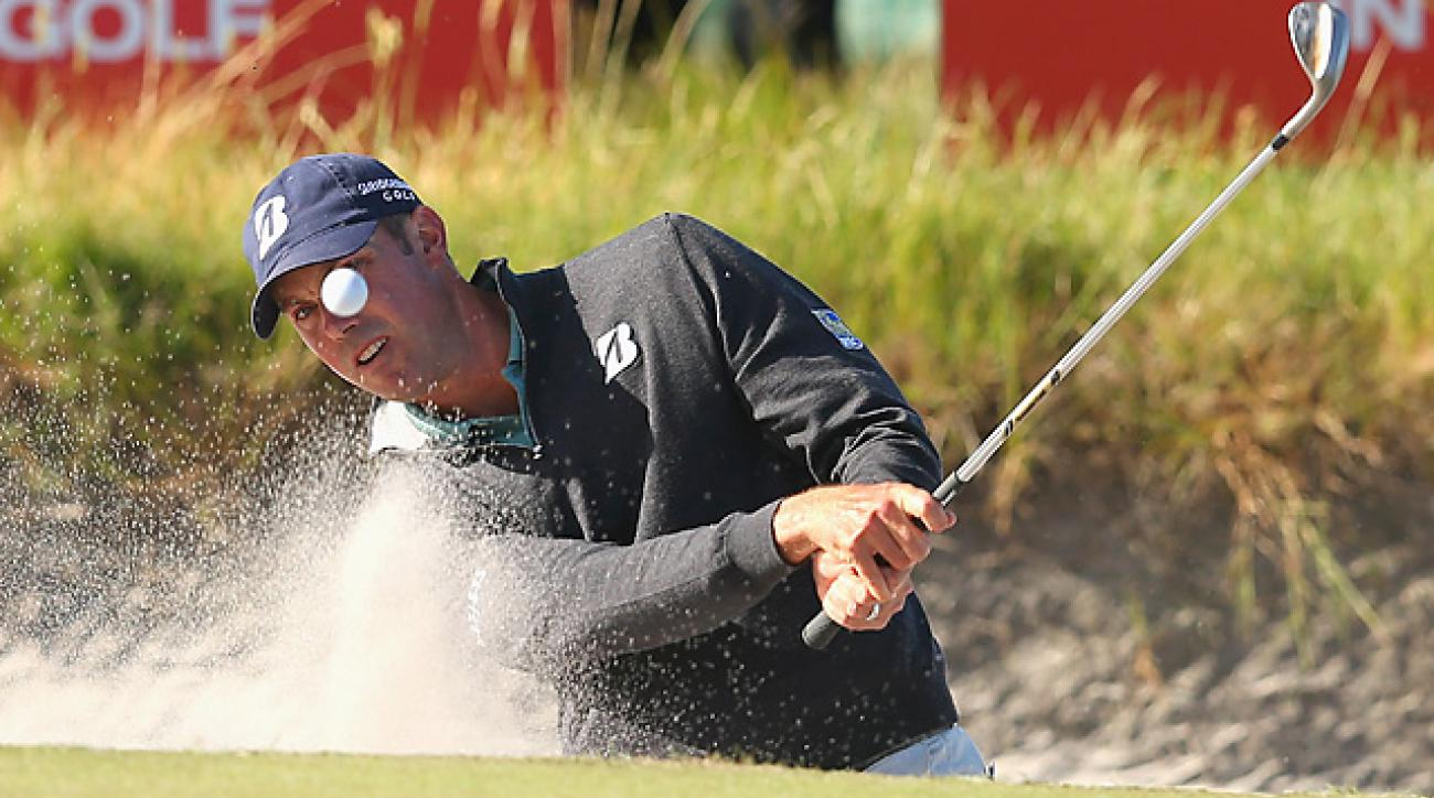 Matt Kuchar made five birdies and no bogeys before play was suspended.