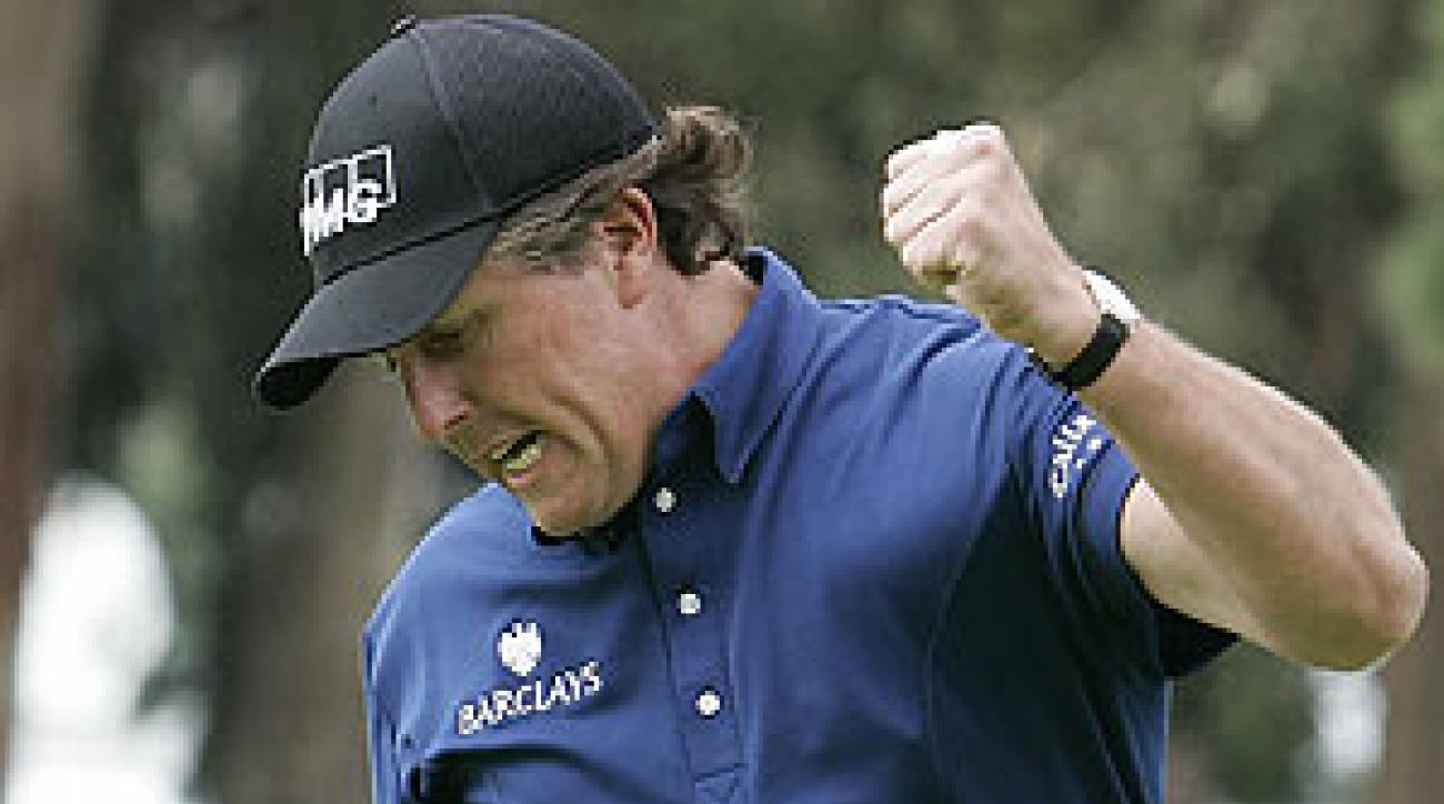 Mickelson is only the fourth player to win in consecutive years at Riviera.