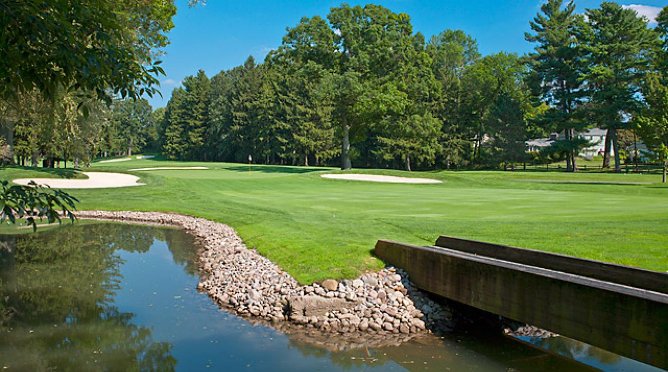 The par-4 first on Oak Hill's East Course looks welcoming, but it's more like a wakeup call.