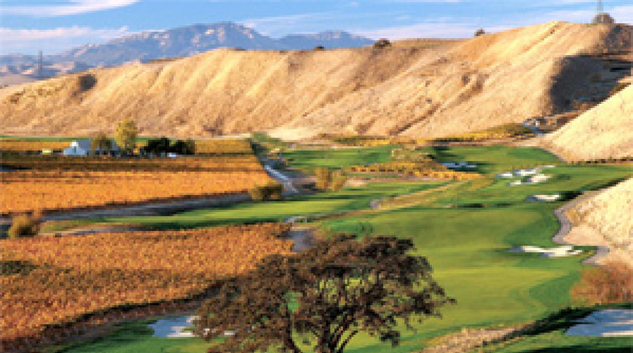 Drink it in: the 7th and 8th holes at Wente Vineyards.