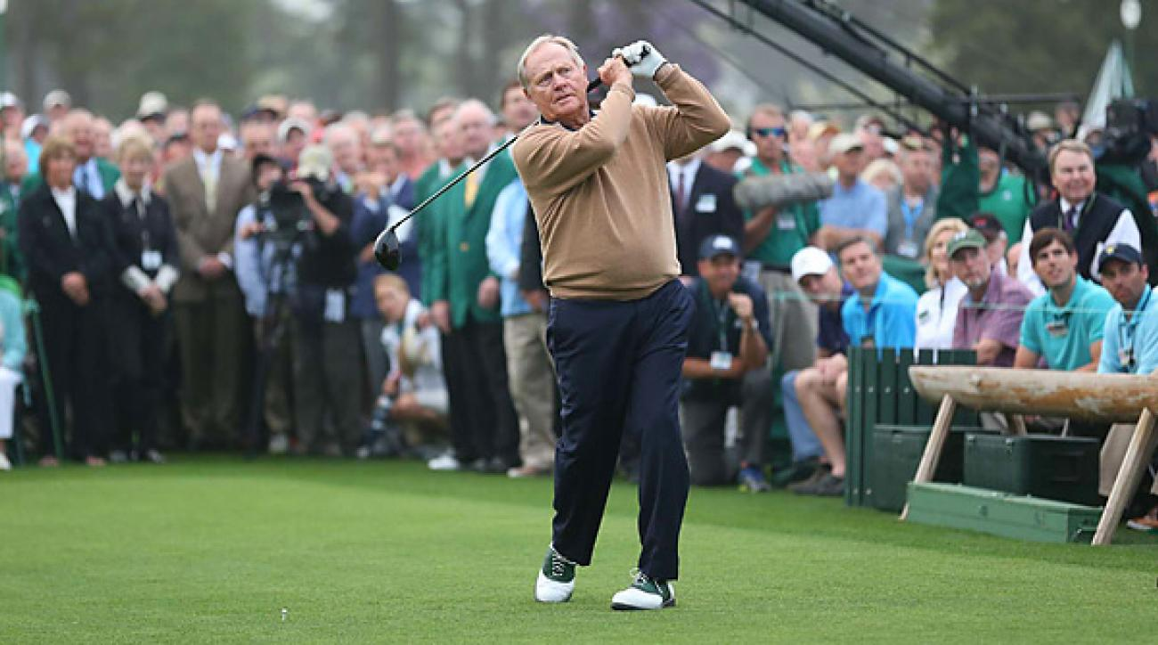 Jack Nicklaus says he and Tiger Woods have never talked about his record of 18 major championships.