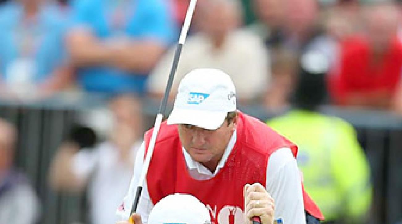 Ernie Els became the third player to win a major championship with a long putter.