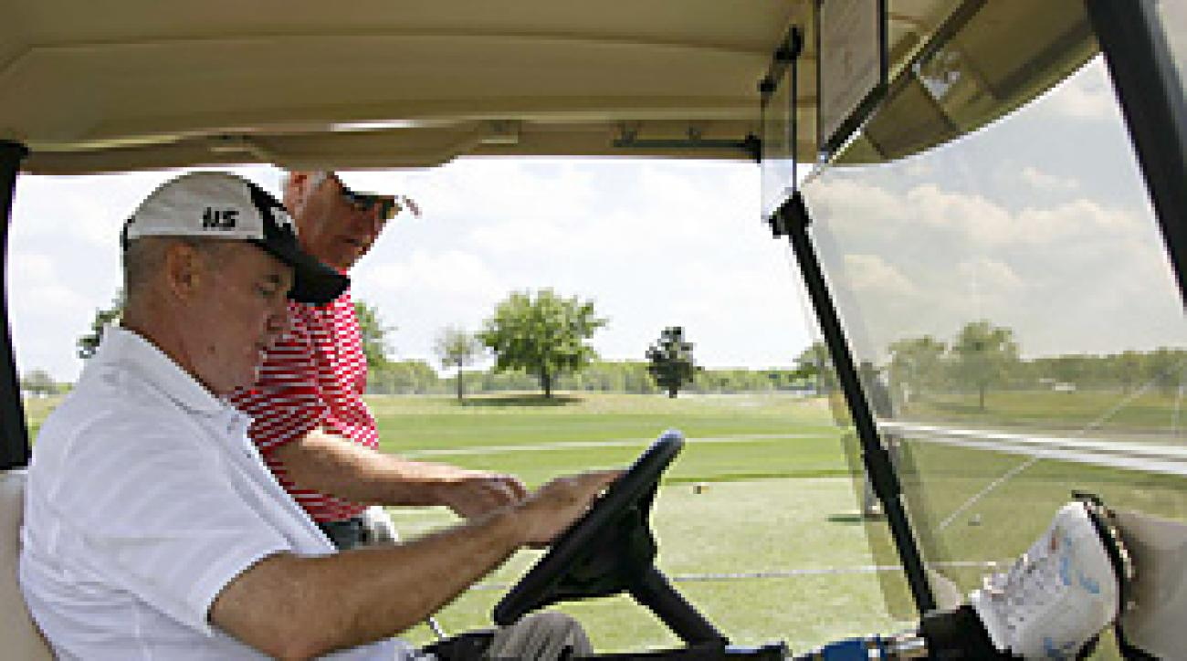 Ken Green is attempting to resume his pro golf career while playing on a prosthetic leg.