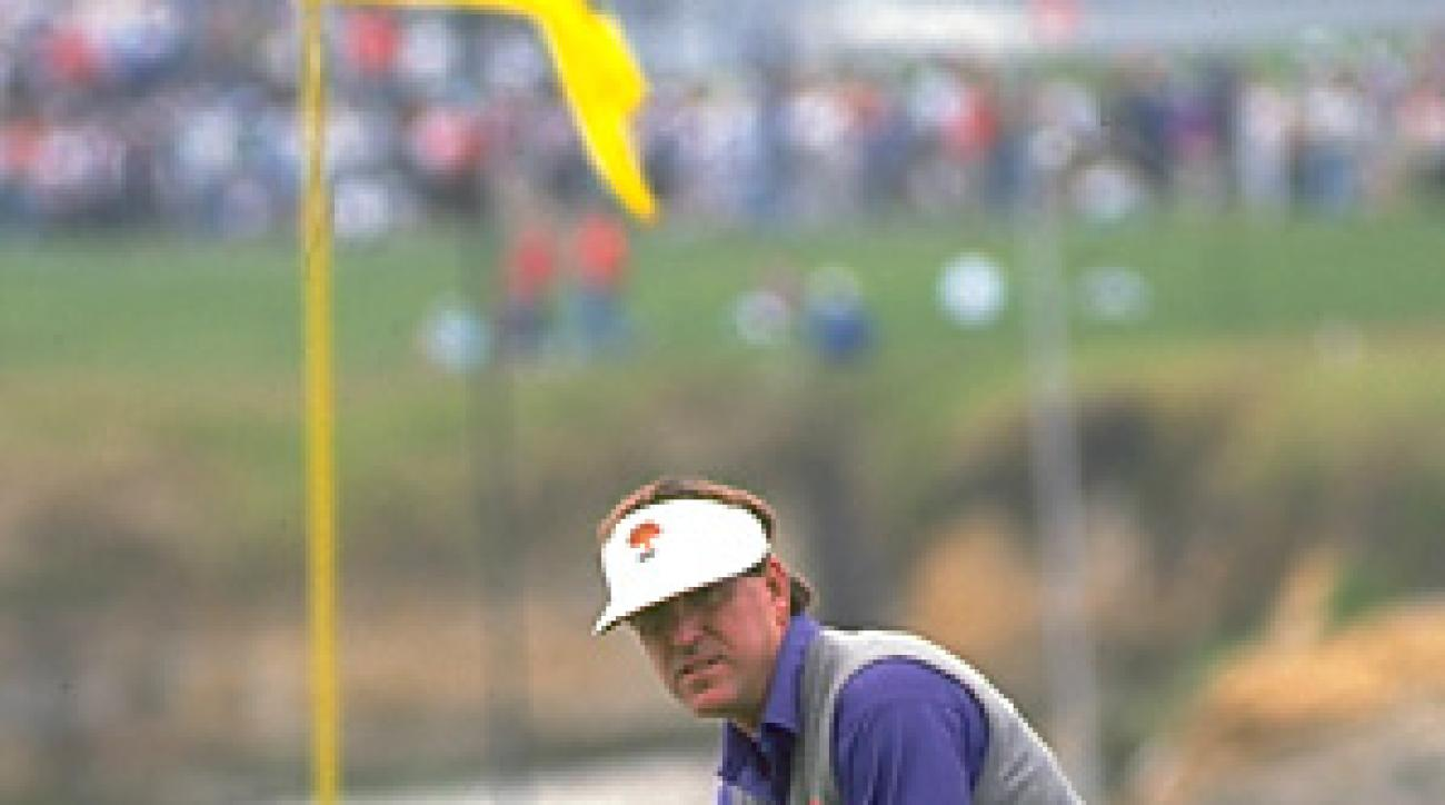 In 1992, Gil Morgan had a big lead heading into the weekend at the U.S. Open at Pebble Beach, but failed to close out the win.