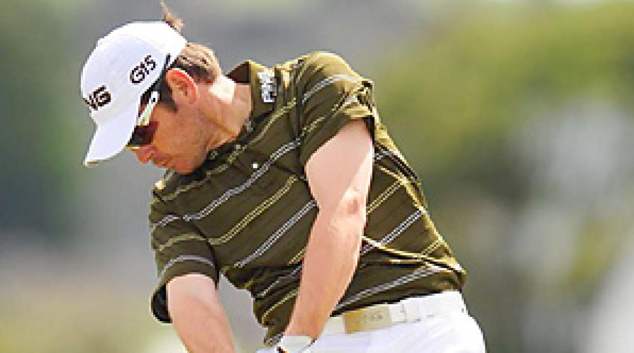 Louis Oosthuizen overpowered St. Andrews while finishing 16-under-par for the event.