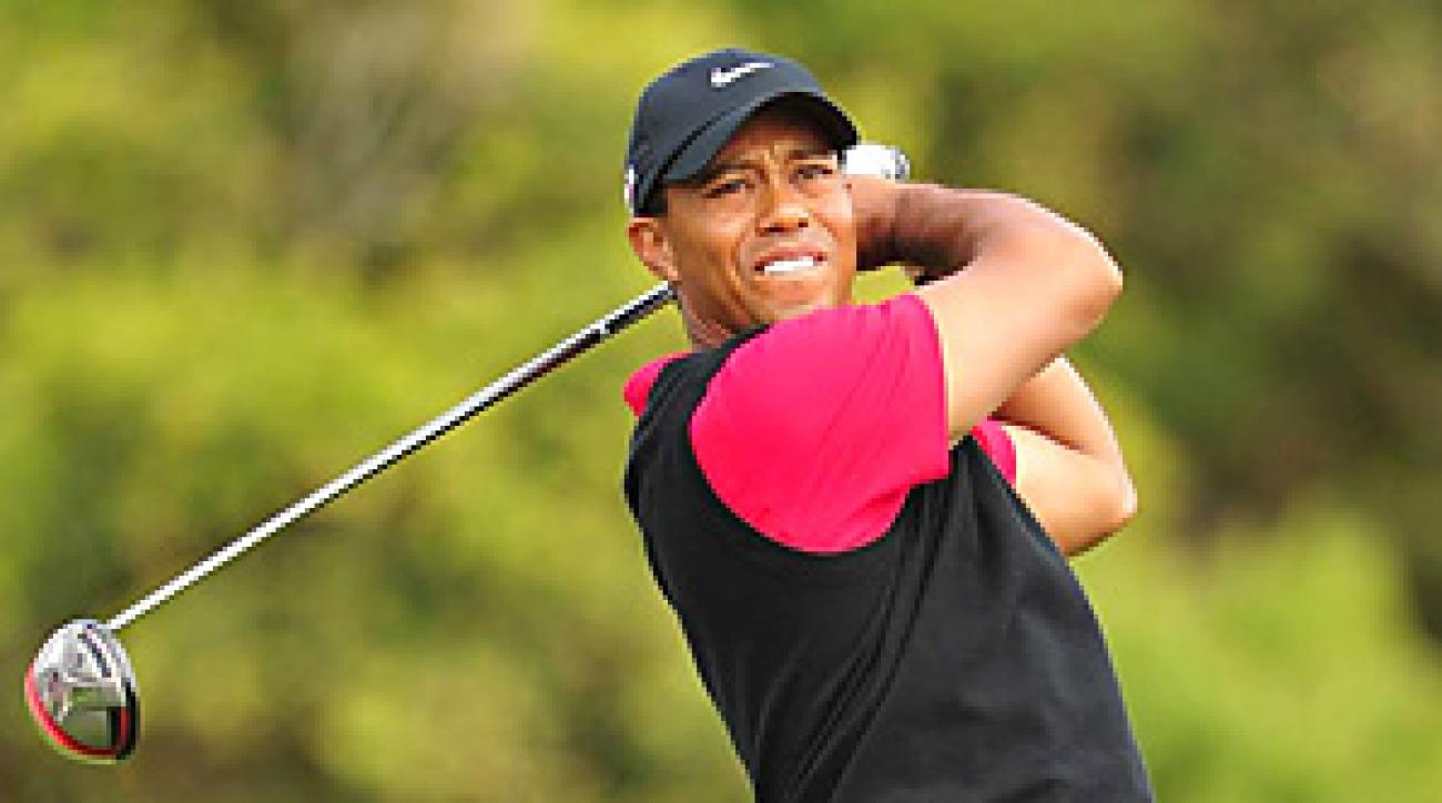 Tiger Woods bogeyed five of his first 10 holes and took himself out of contention with a 75.