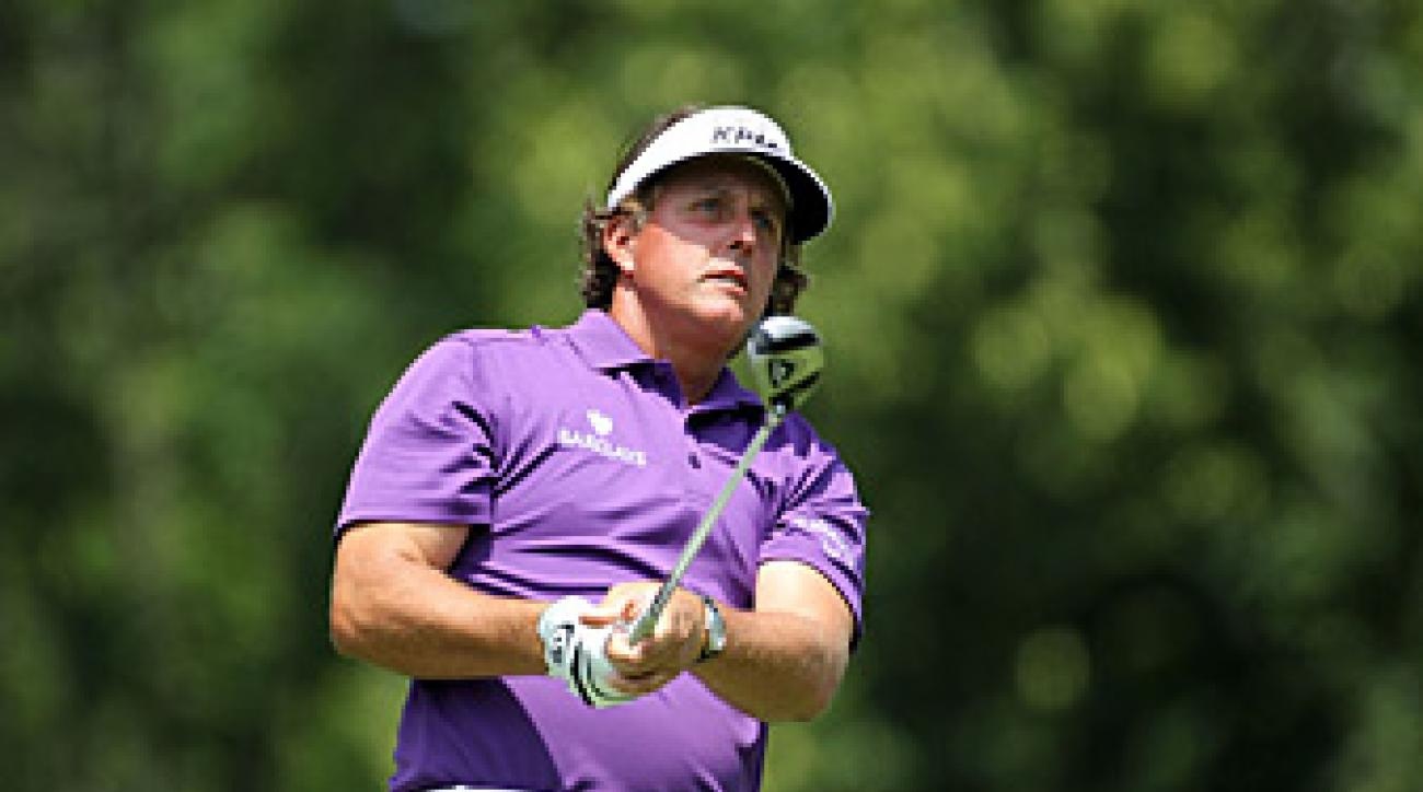 Phil Mickelson shot a 79 Thursday and then withdrew.