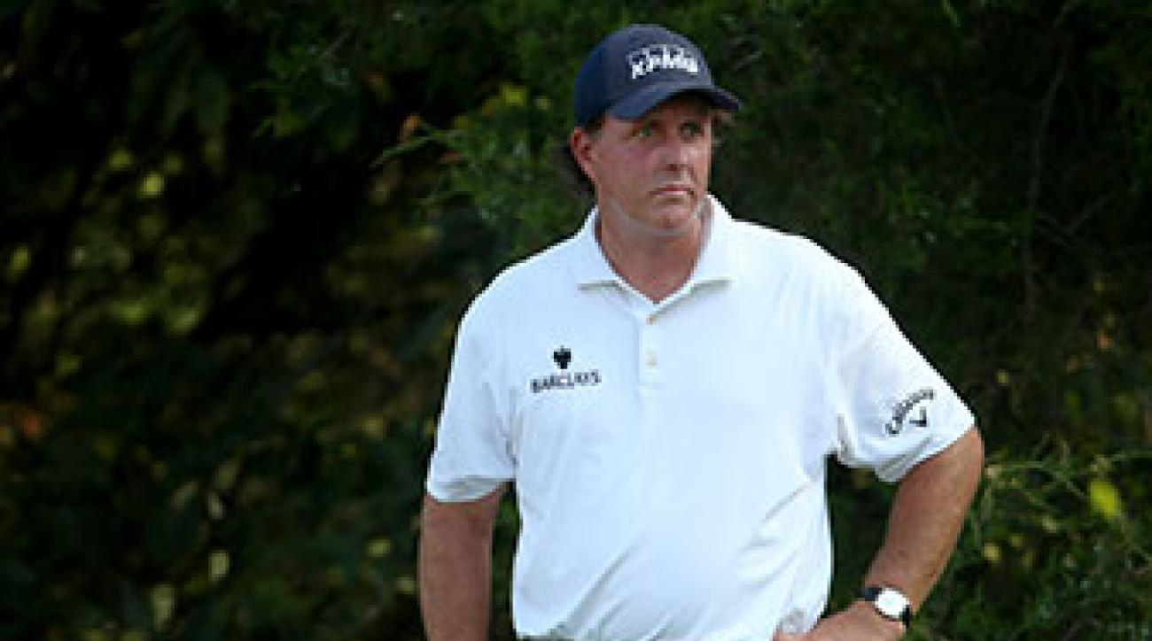 Phil Mickelson birdied Nos. 14, 15, 16 and 18 to close out his round of 67 on Saturday.