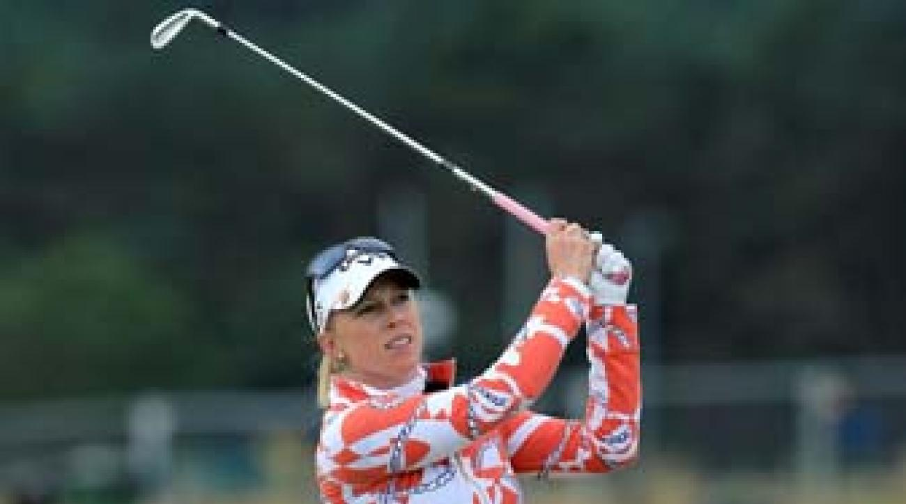 Morgan Pressel is two shots ahead of Stacy Lewis going into the final round of the Women's British Open.