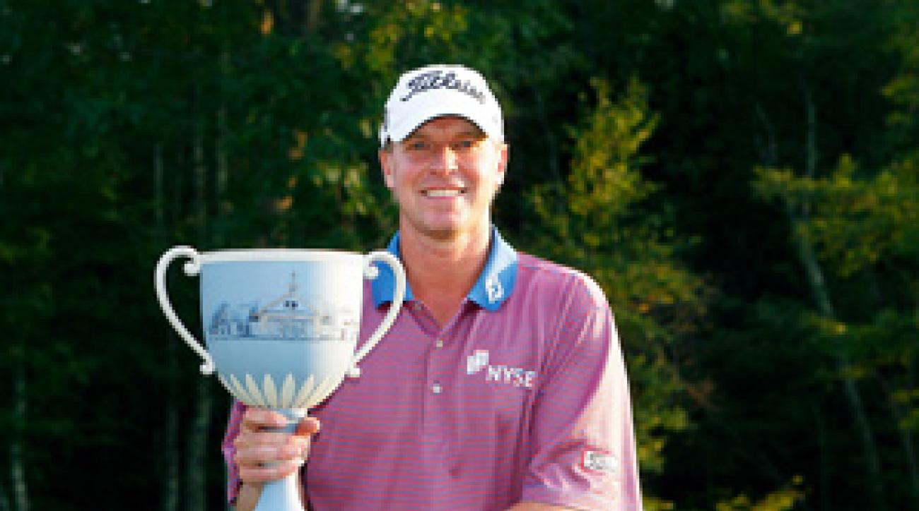 Steve Stricker won his third title of the year on Sunday, and he passed Tiger Woods in the FedEx Cup points race.