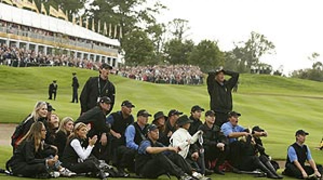 The U.S. team and its entourage sat together during the Sunday singles in Ireland in '06, but couldn't replicate the togetherness and determination of the Europeans.