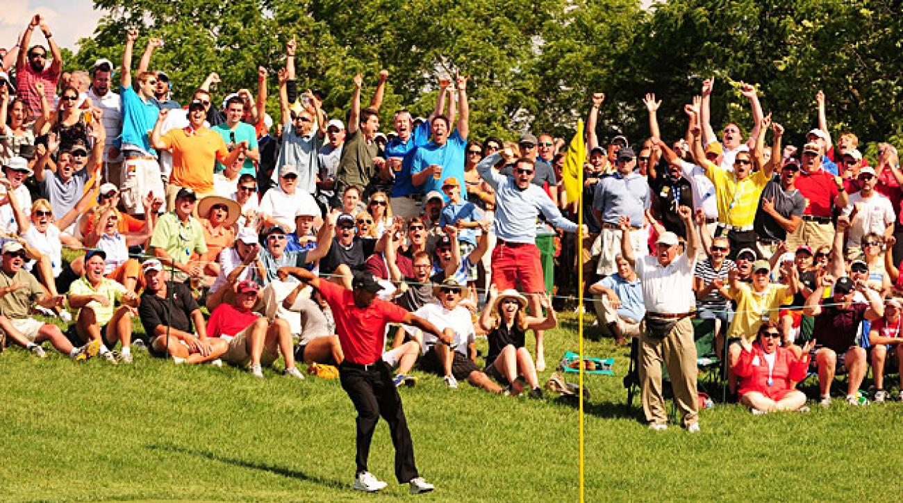 Woods chipped in to birdie the 16th and celebrated with a classic fist pump.