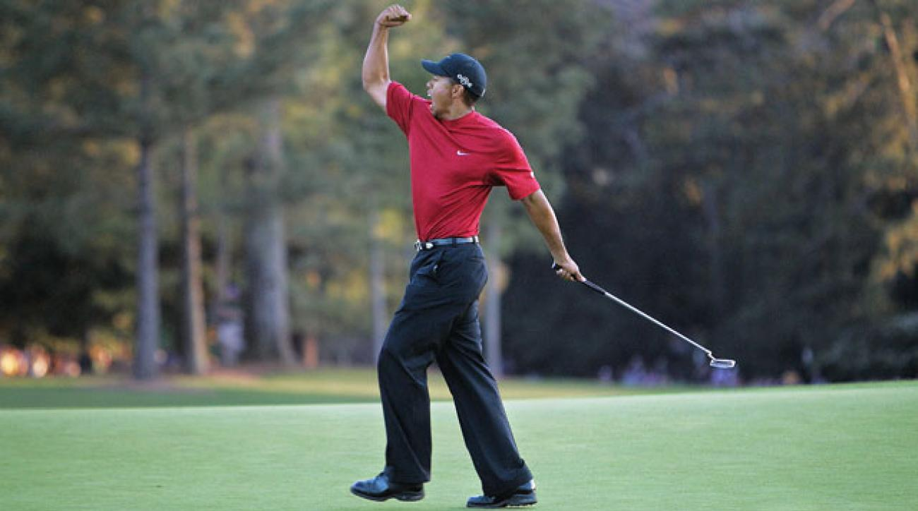 Tiger Woods left one attempt after another short as he struggled to adapt to the speed of the greens.