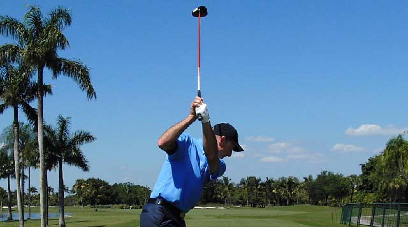 Copy Jim Furyk's Signature Loop To Make Pure Contact