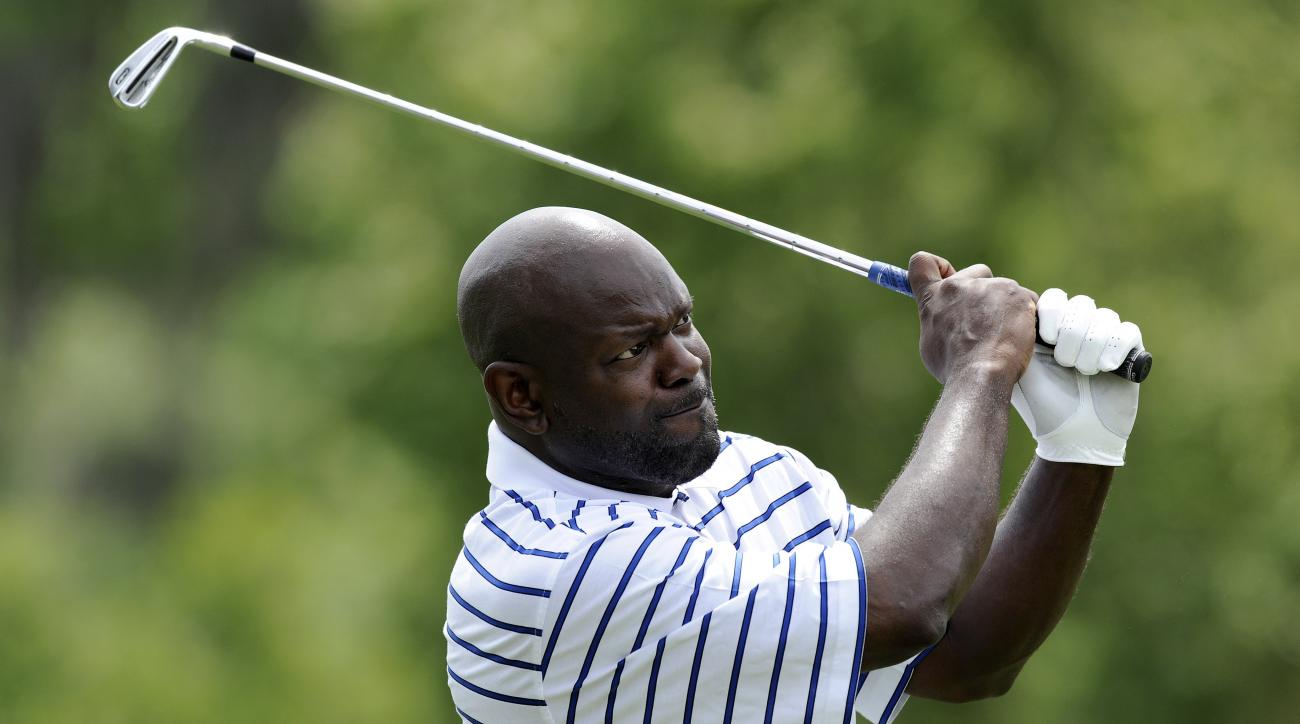 Emmitt Smith tees off during the second round of the Outback Steakhouse Pro-Am in 2010.