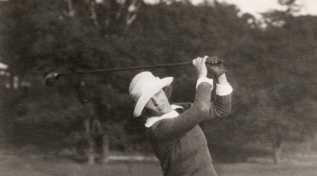 Edith Cummings was one of the first women to make it big as a golfer, and she even graced the cover of Time.