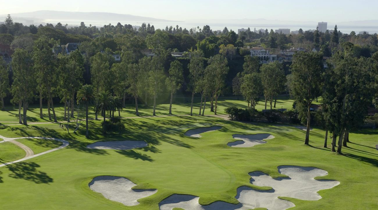 An aerial view of the 10th hole at Riviera Country Club, one of the best short par-4s in golf.
