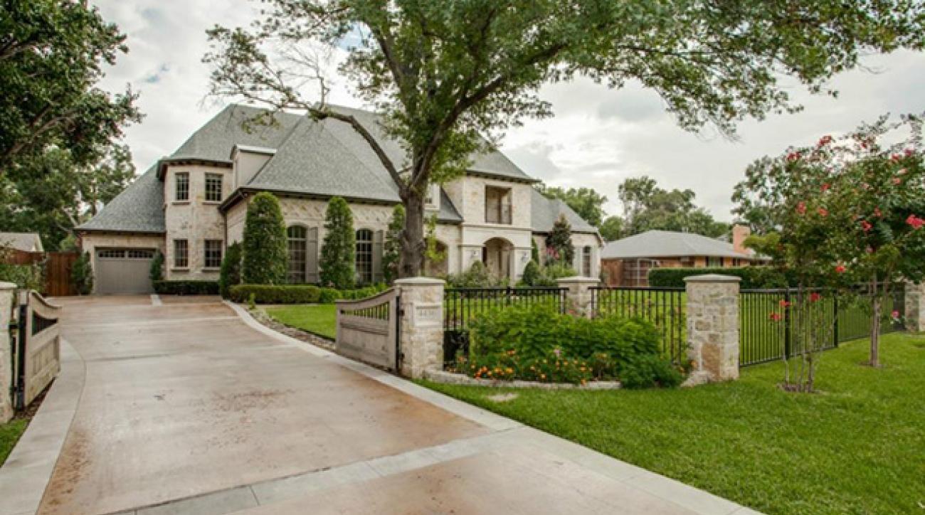 An exterior view of Jordan Spieth's new home.