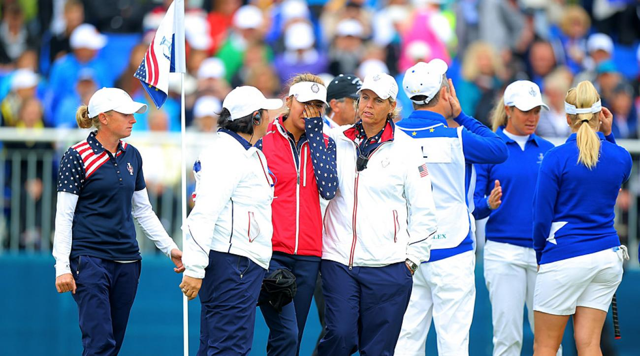 Solheim Cup players argue over the Alison Lee's unconceded putt at the 2015 event.
