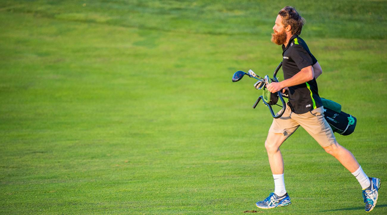 Champion Rob Hogan competing at the 2015 Speedgolf World Championships which were held at the Glen Club in Glenview, IL on October 19-20. Rob completed the two-day competition with a 36-Hole Total Speedgolf Score of 243:28.