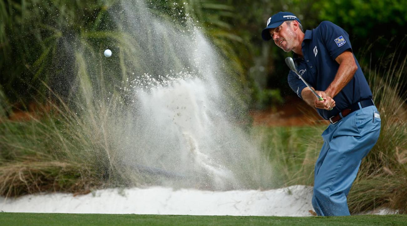 Matt Kuchar fires from a sand trap on the sixth hole during the Franklin Templeton Shootout.