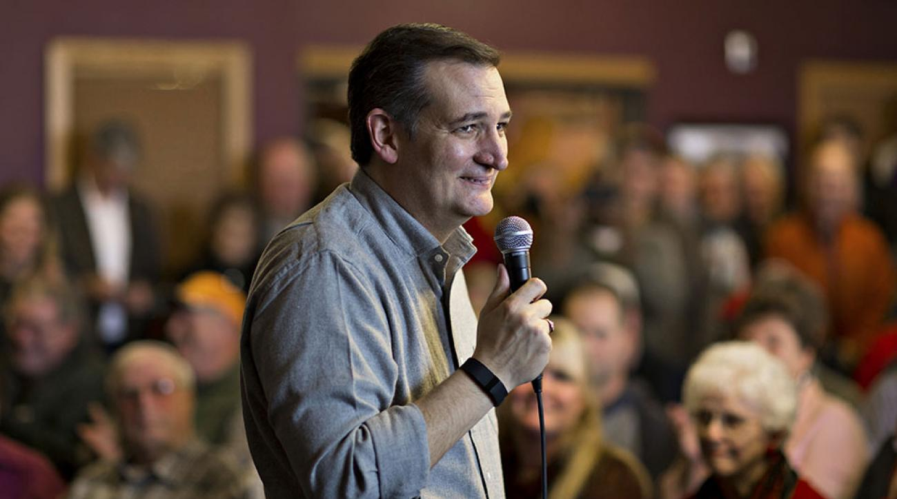 Senator Ted Cruz, a Republican from Texas and 2016 presidential candidate, speaks during a campaign stop on his 'Cruzin to Caucus' bus tour in Spirit Lake, Iowa, U.S., on Wednesday, Jan. 6, 2016