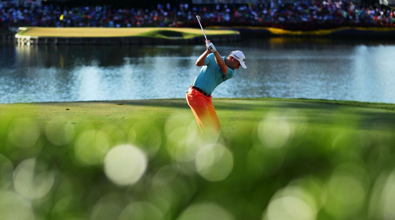 Russell Knox needed nine shots to complete the iconic island-green 17th at TPX Sawgrass on Saturday. It wasn't pretty.