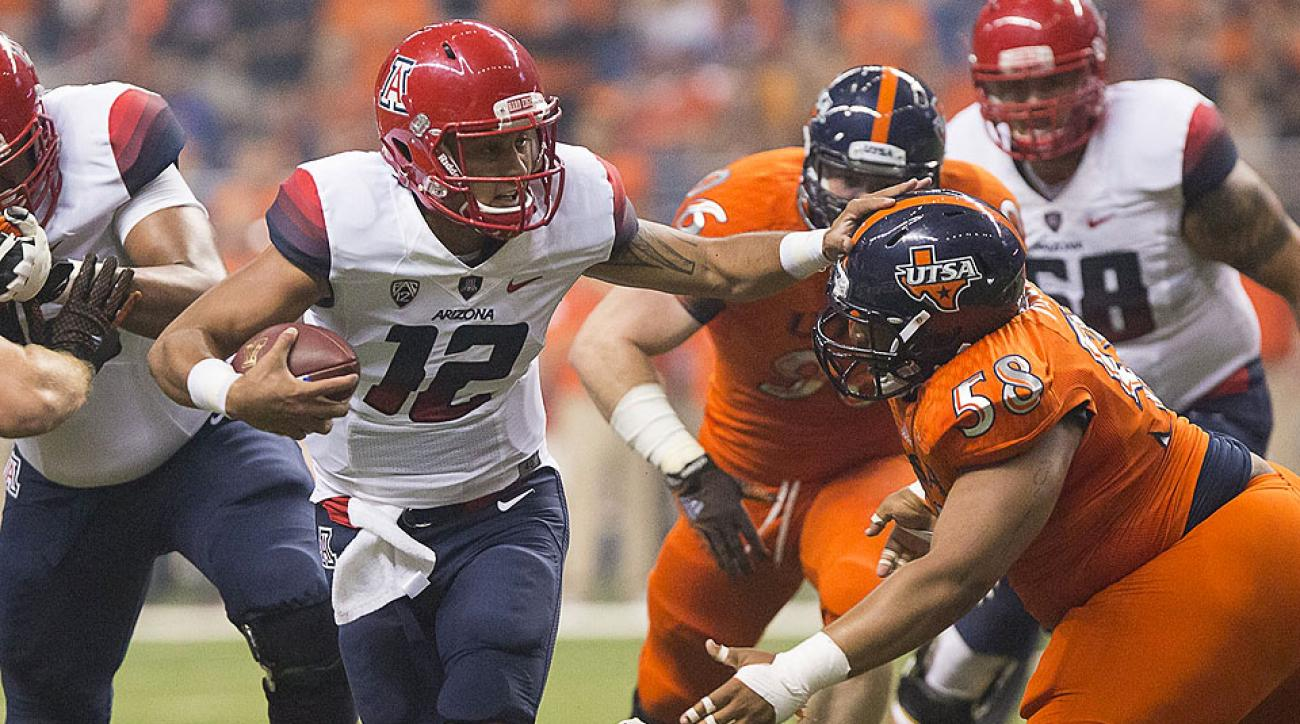 Redshirt freshman Anu Solomon made just enough plays to help the Wildcats hold off the Roadrunners.