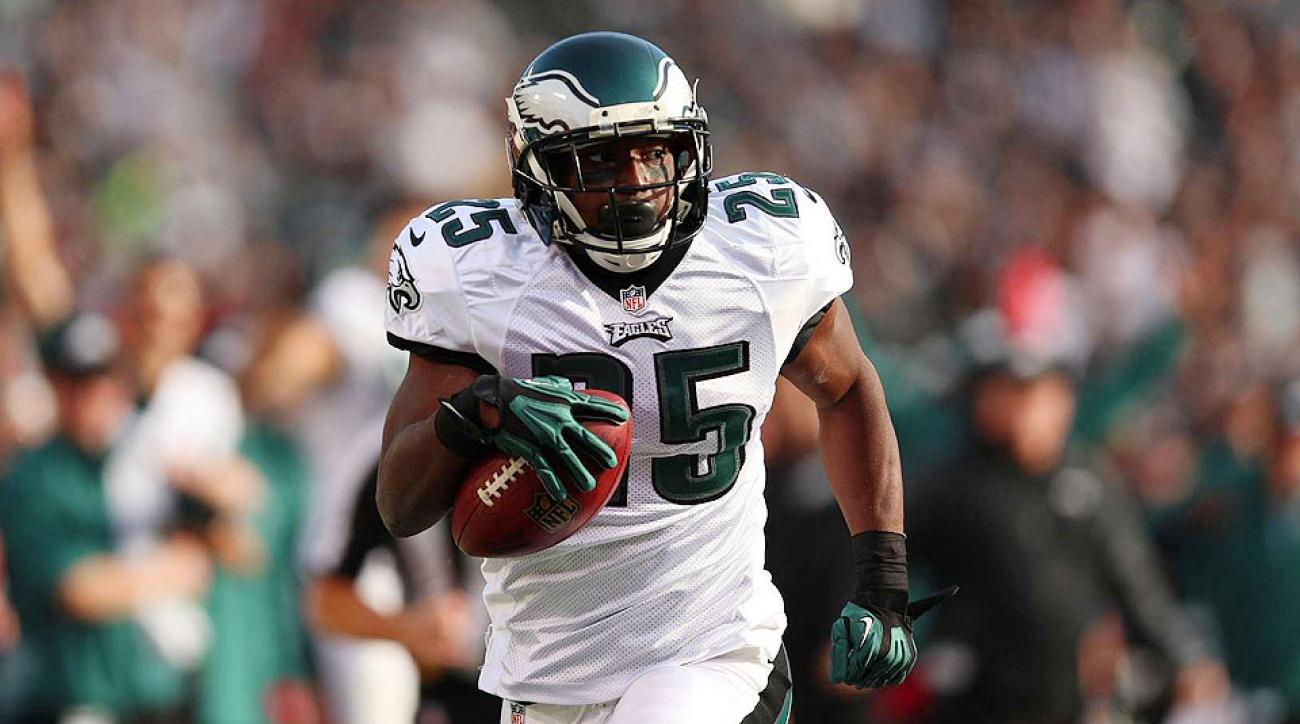 You may not think of the Eagles backfield as a committee but LeSean McCoy is going to lose out on a chunk of production to Darren Sproles.