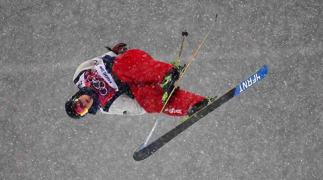 Despite heavy snow that reduced skiers' speed in the halfpipe, David Wise managed to throw two double-cork 1260s.