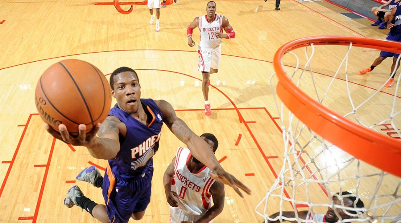 Eric Bledsoe remains on the free-agent market despite a strong performance with Phoenix last season.