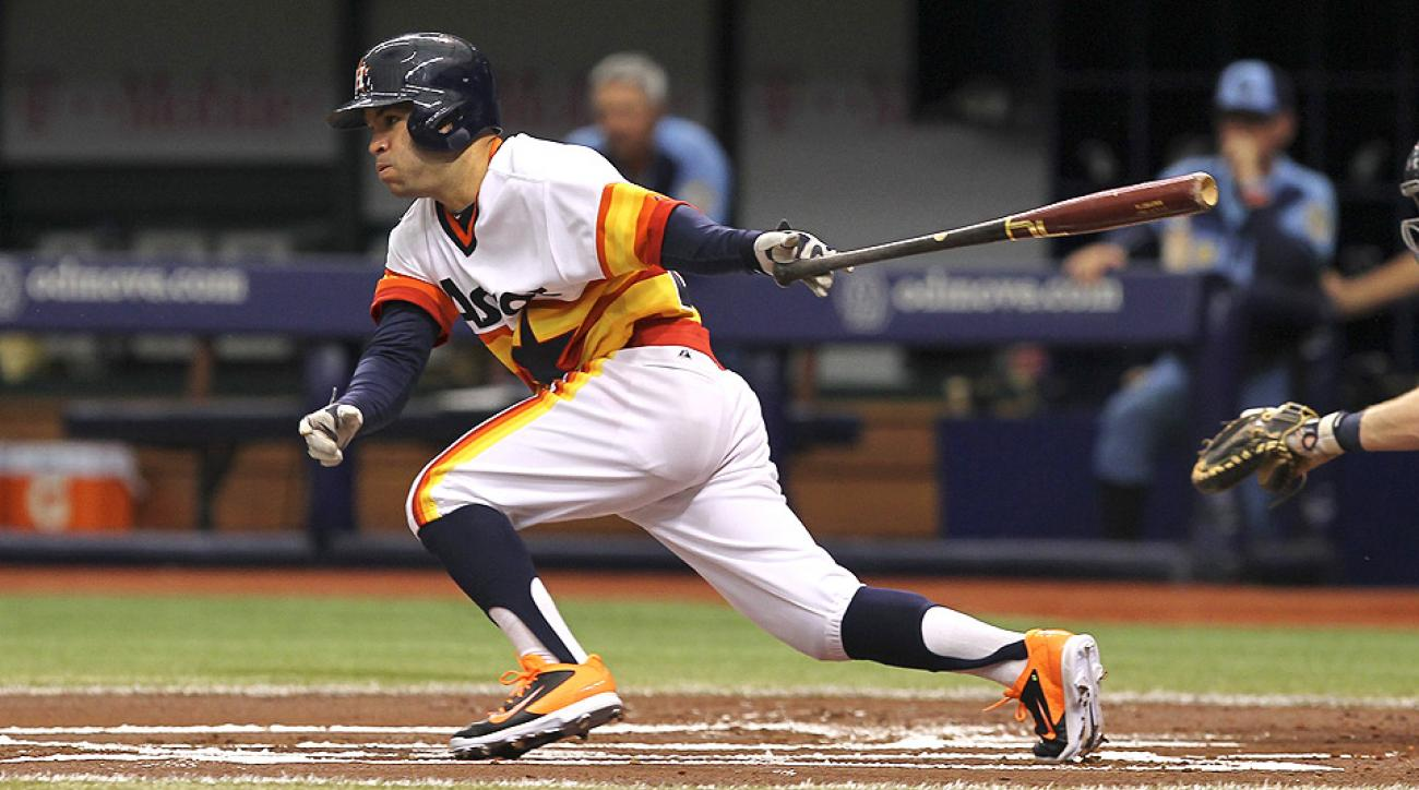 Jose Altuve swiped ten bases last week, putting him just a few steals behind league-leading Dee Gordon.