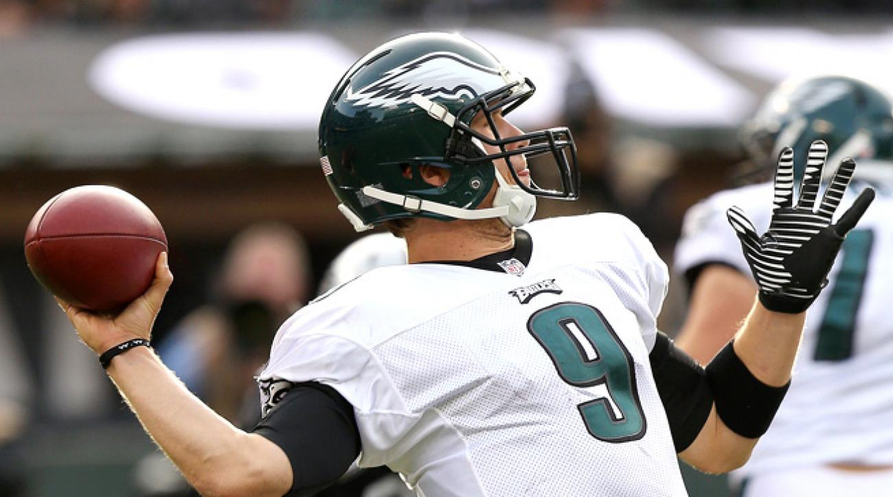 Nick Foles demolished the Raiders through the air, passing for 406 yards and a touchdown on Sunday.