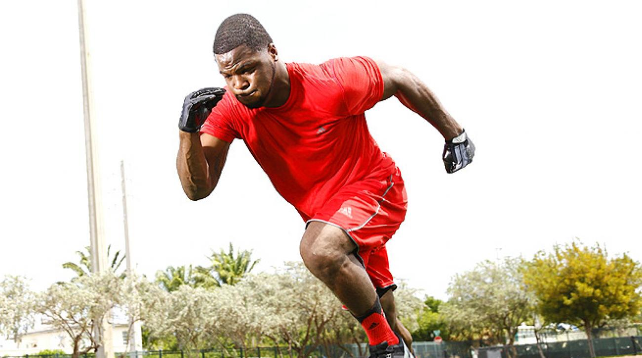 Carlos Hyde rushed for 1,521 yards and 15 touchdowns during his final season with Ohio State.