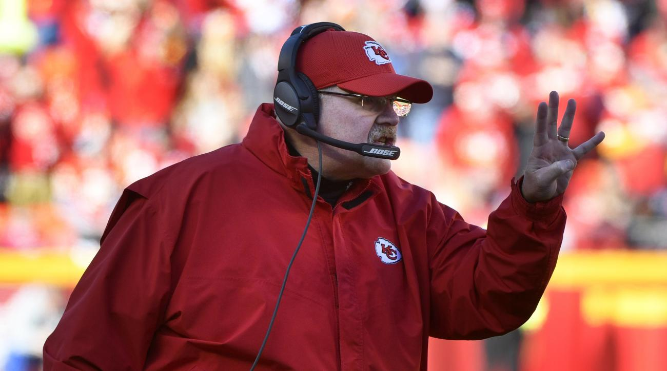 Kansas City Chiefs head coach Andy Reid signals a play during the first half of an NFL football game against the Tampa Bay Buccaneers in Kansas City, Mo., Sunday, Nov. 20, 2016. (AP Photo/Ed Zurga)