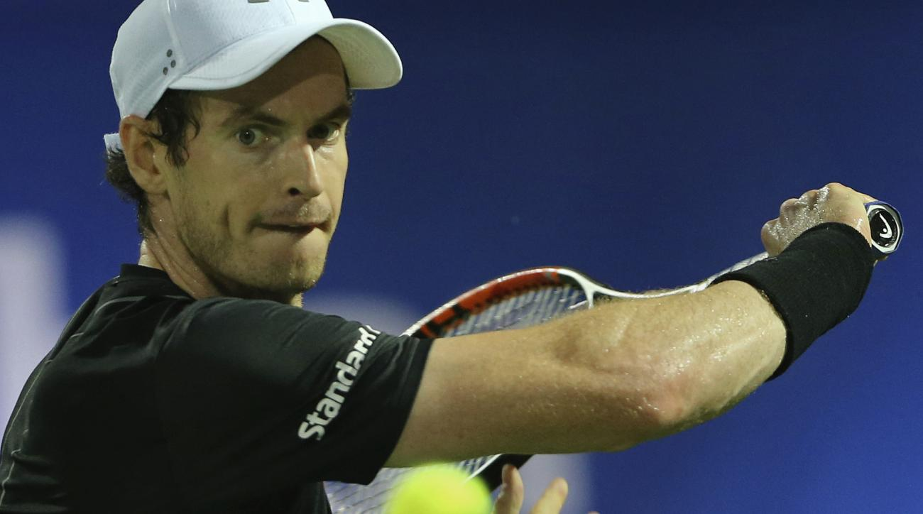 Andy Murray of Great Britain returns the ball to Guillermo Garcia-Lopez from Spain during the Dubai Tennis Championships, in Dubai, United Arab Emirates, Wednesday, March 1, 2017. (AP Photo/Kamran Jebreili)