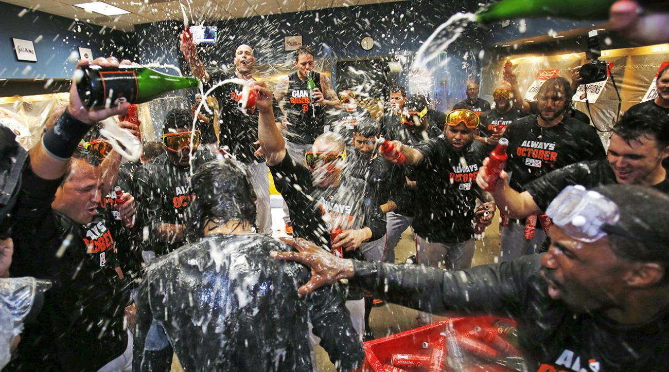 giants beat pirates, play nationals in nlds
