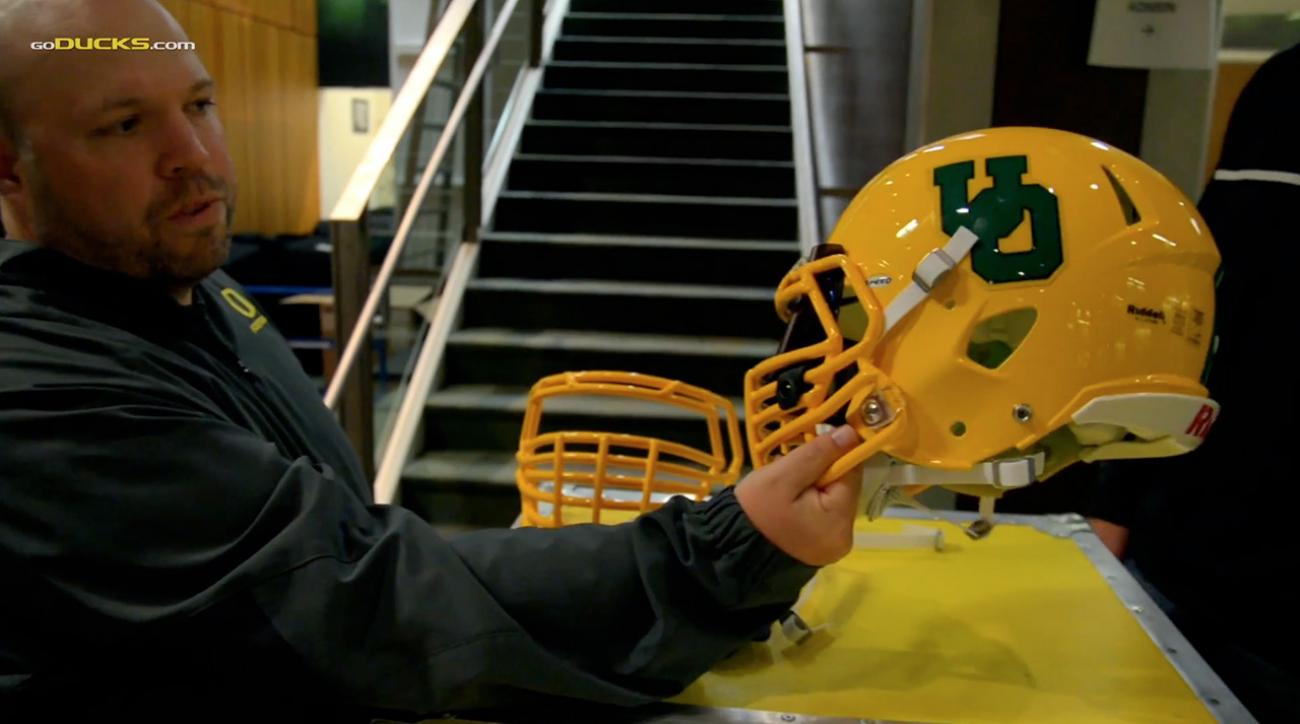 oregon ducks build throwback helmets