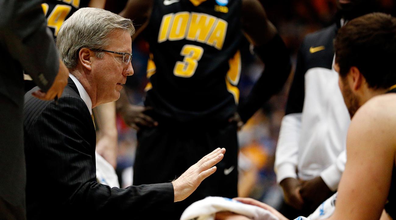 College Basketball Top 25: Iowa Hawkeyes