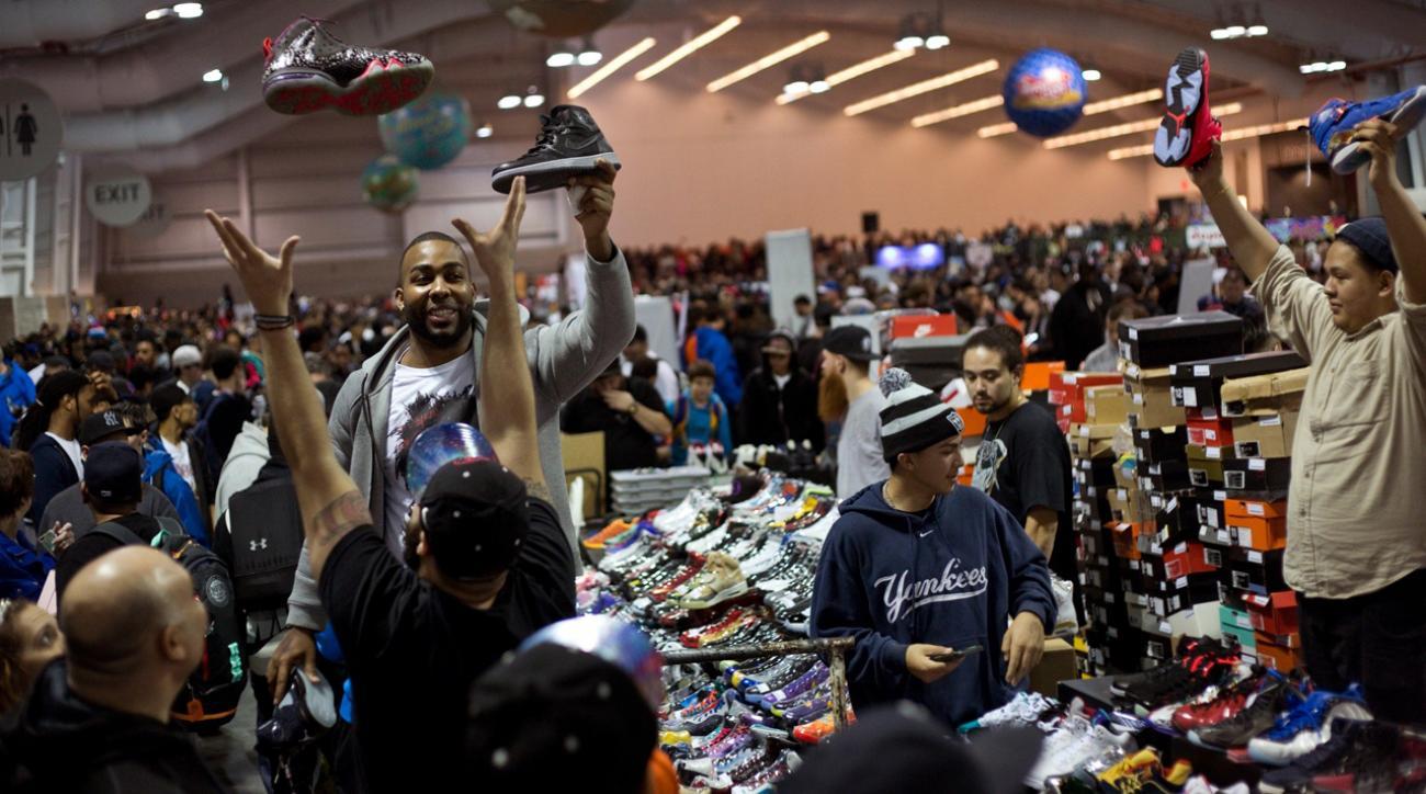 Sneaker Con IMG