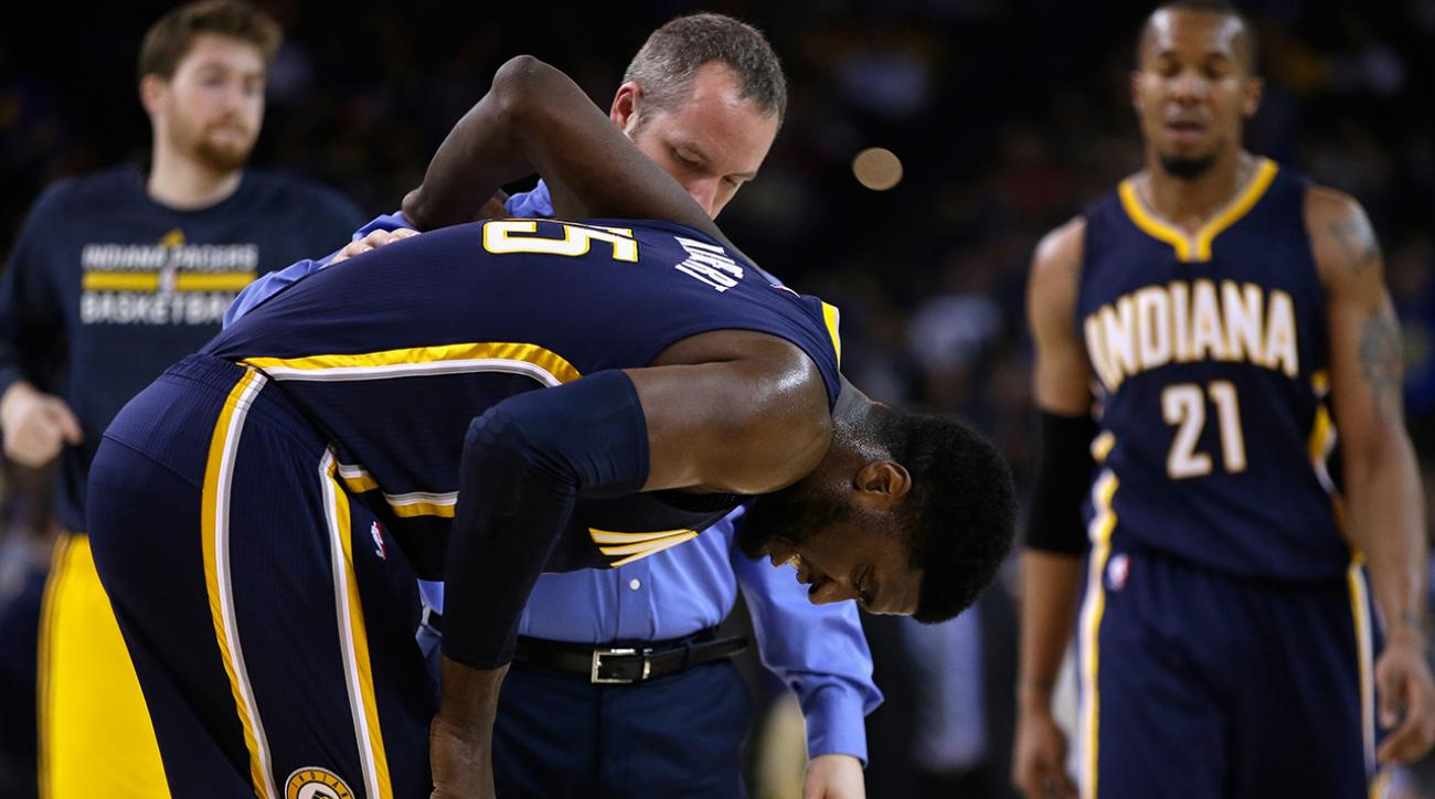 Roy Hibbert sprains ankle against the Warriors