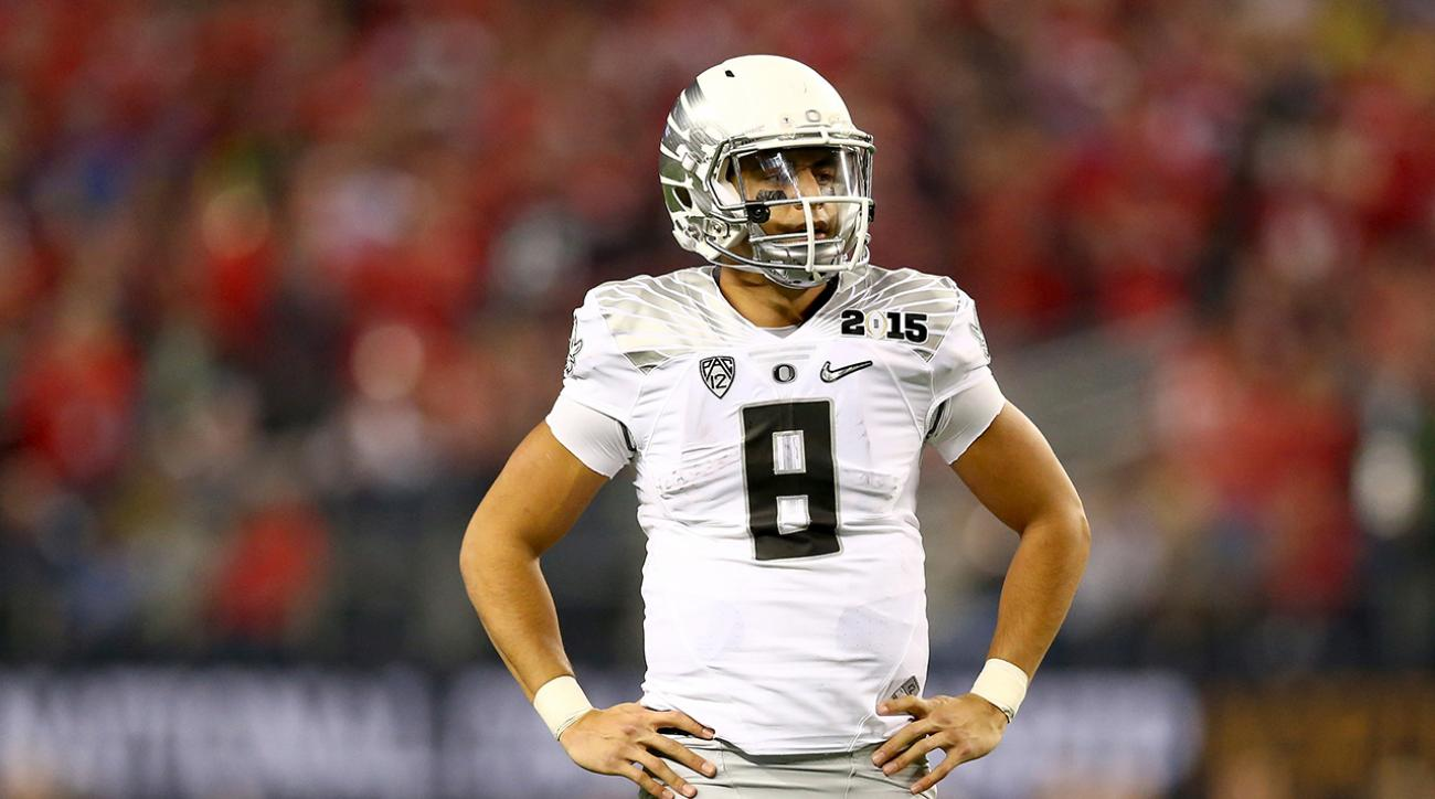 Mariota, Jones unsure about entering NFL Draft