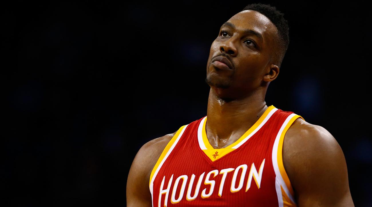 Rockets center Dwight Howard has edema in right knee