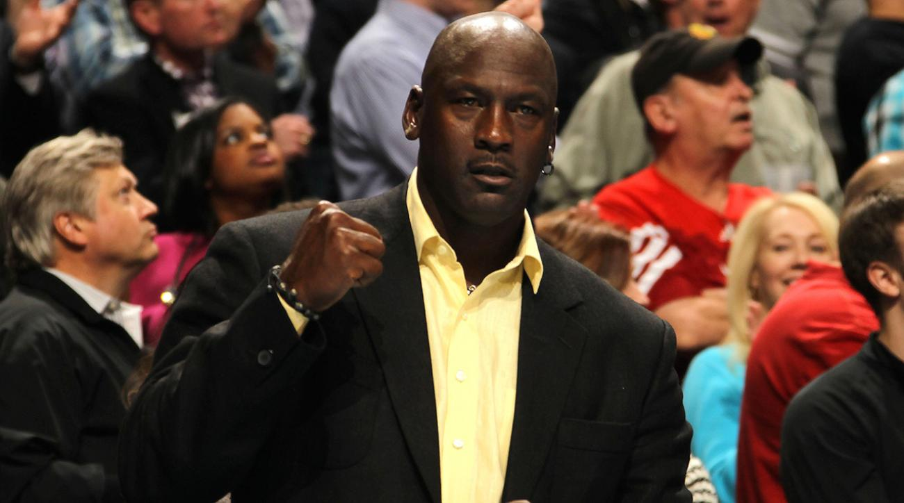 Horace Grant: Michael Jordan punched Will Perdue