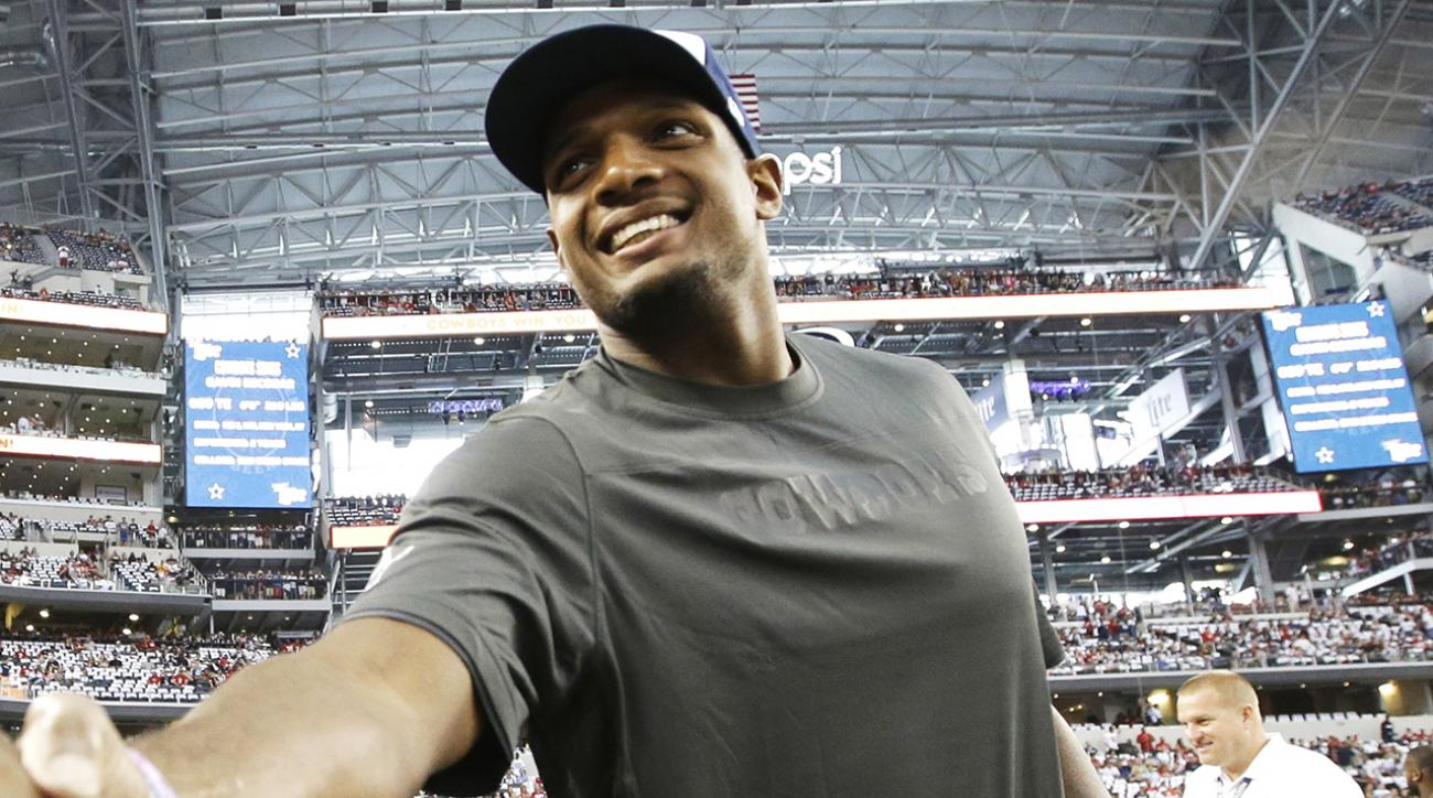 Michael Sam to compete on DWTS