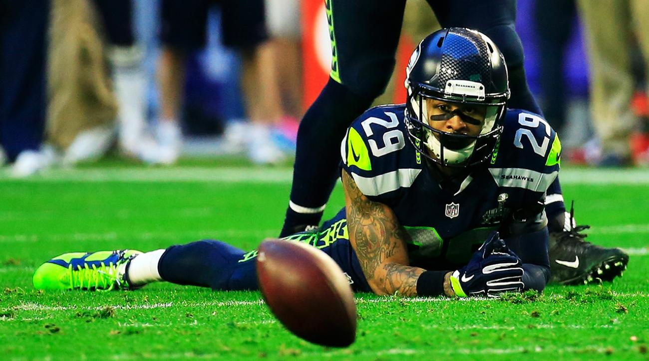 Seahawks S Earl Thomas to undergo shoulder surgery, out 6-8 months