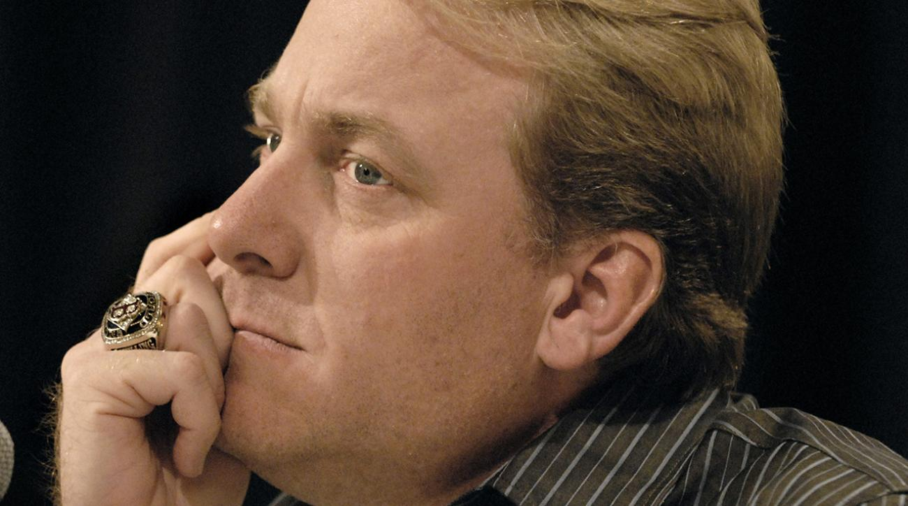 Yankees employee fired after trolling Curt Schilling's daughter
