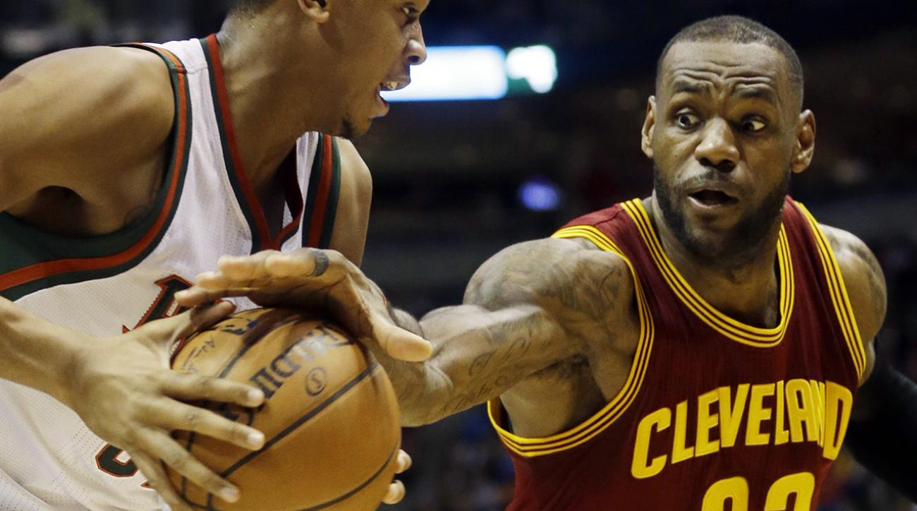 Watch: Lebron James nails 40-foot shot that didn't count