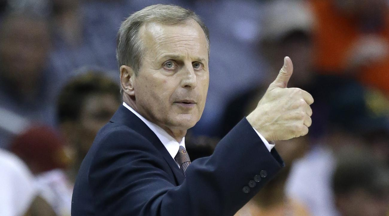 Tennessee hires Rick Barnes as head coach
