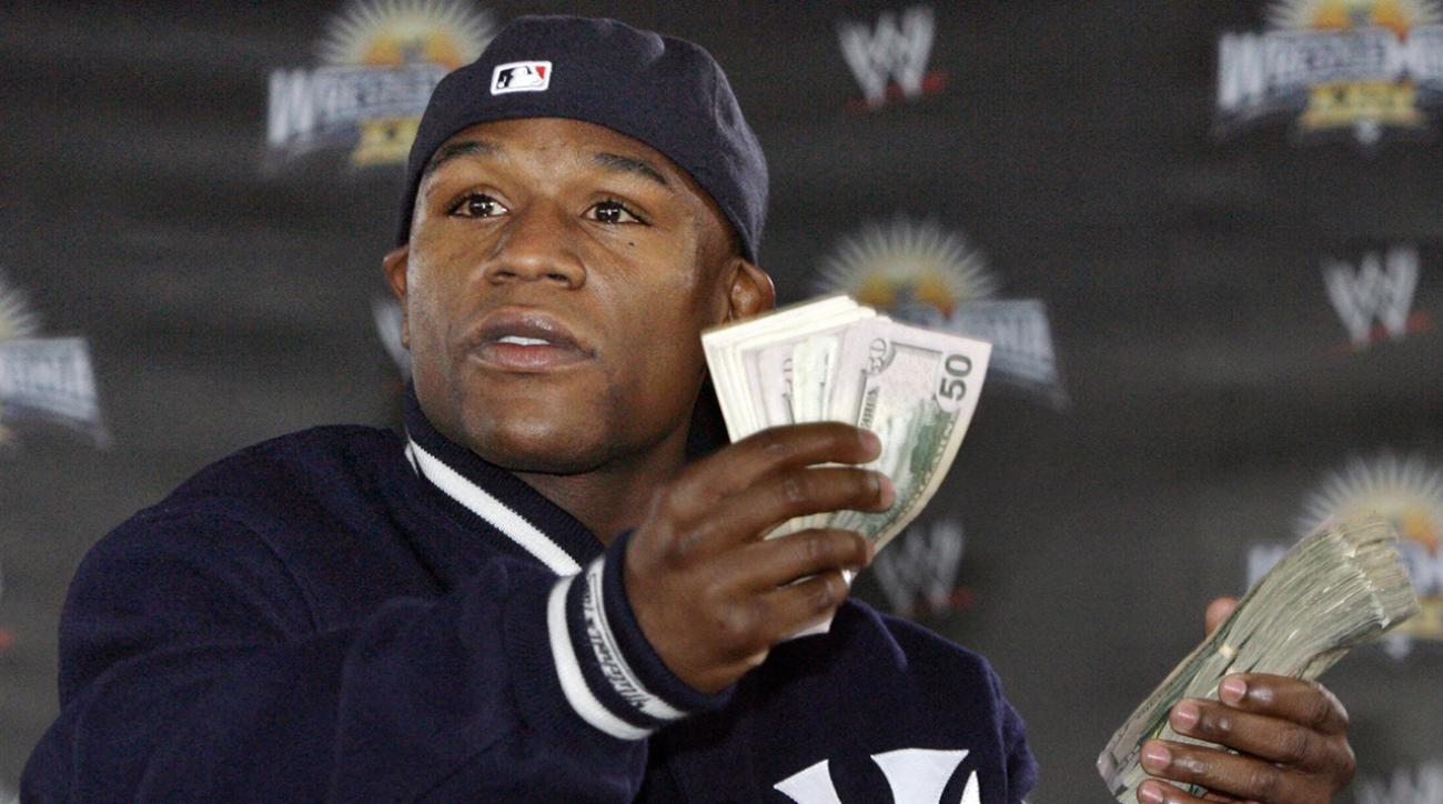 Floyd Mayweather's $25k mouth guard is made with $100 bills